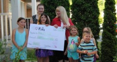 One Hundred Kids Who Care Donates to Room For A Child